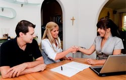 How to Screen Potential Tenants – Questions, Credit & Background Check